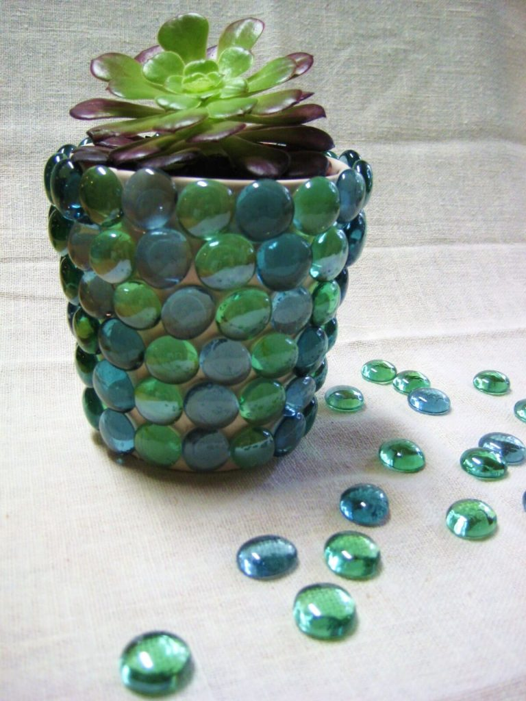 04-Cute DIY Flower Pots Ideas to Beautify Your Home-homenosy