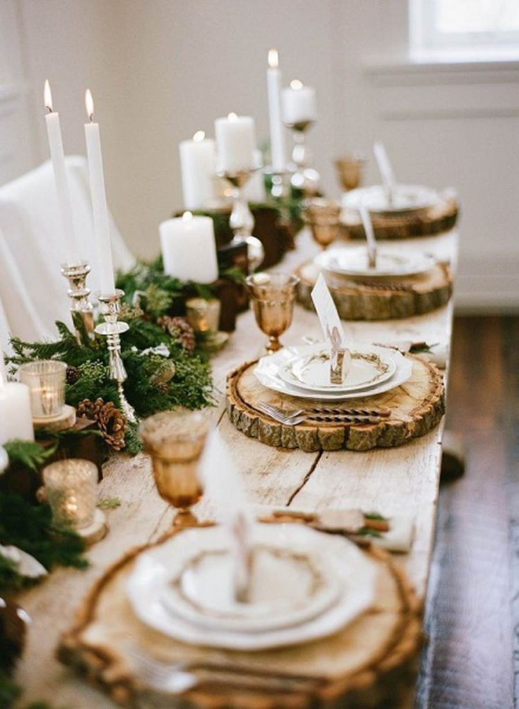 5-Christmas Table With Tree Decor