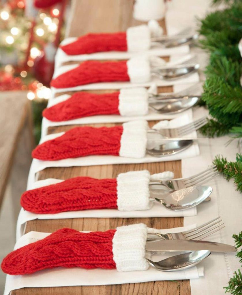 8-Table Decor With Red And White Christmas Stockings