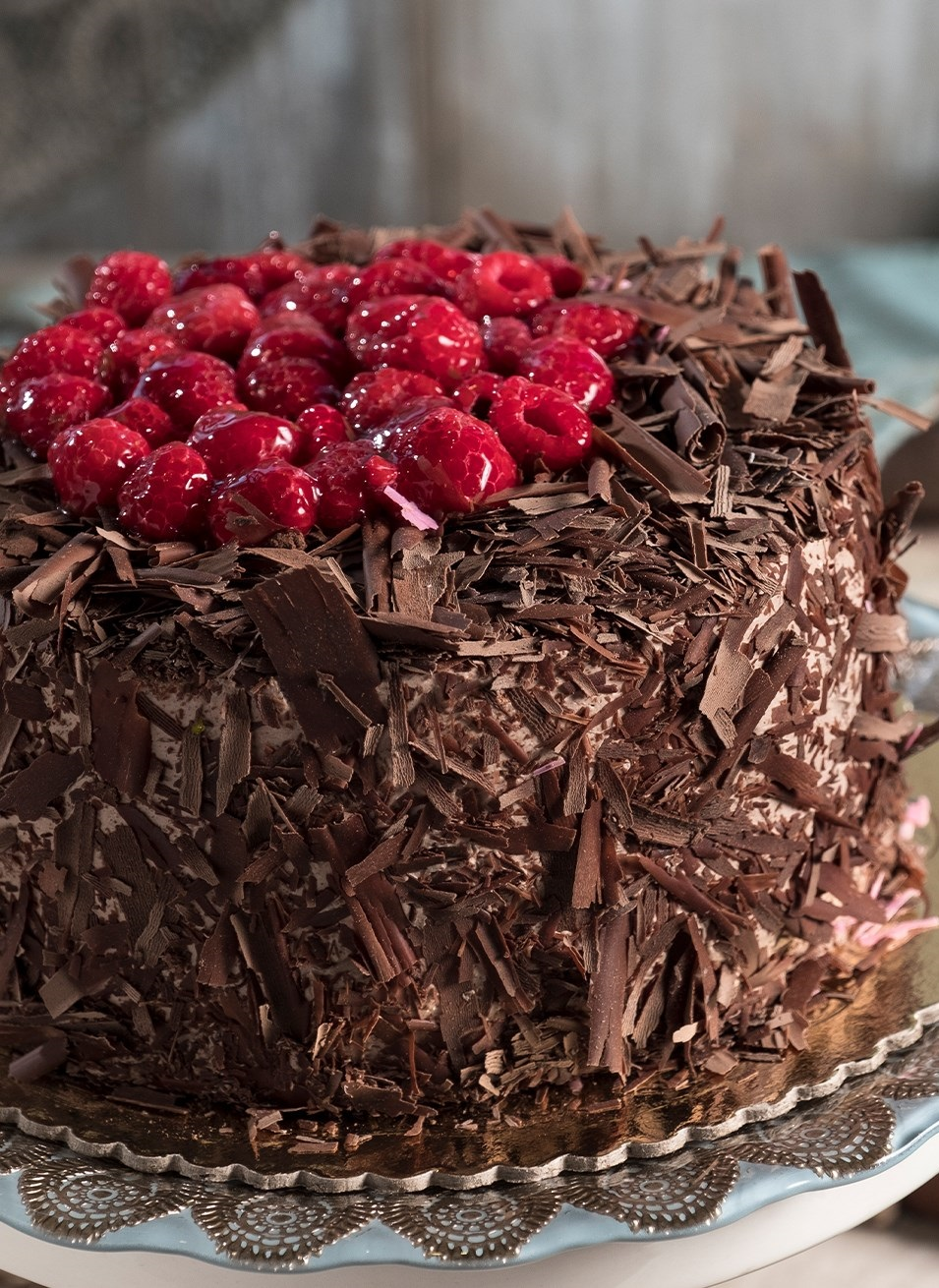 Chocolate mousse cake with dark and light chocolate