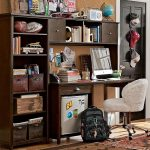 boys-study-space-wood-desk